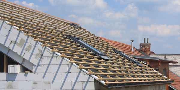 Nieuw dak plaatsen